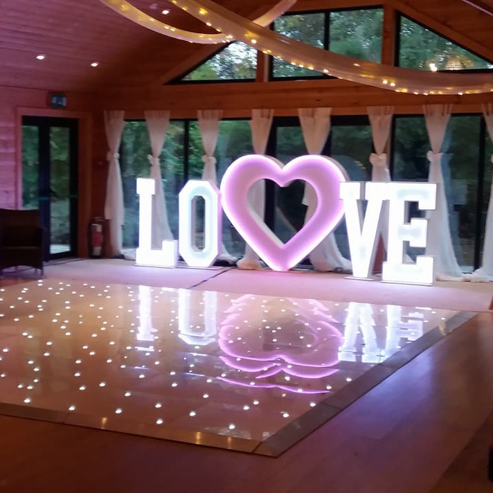 led love heart hire